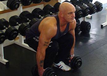 Muscular y Tonificar: Flexión de rodillas con mancuernas