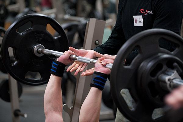 Planifica tus cargas en el gimnasio: Repeticiones máximas